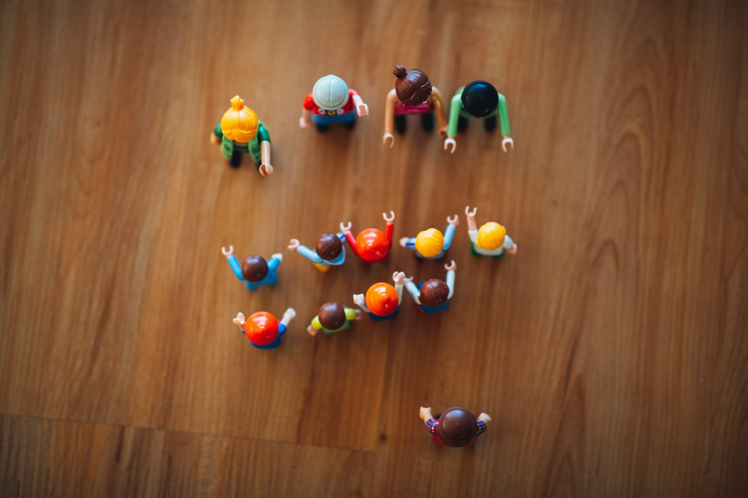 Miniature figures of people